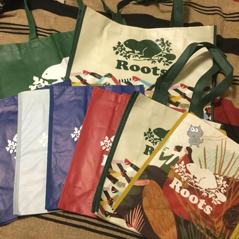 Rootsのショッピングバッグ