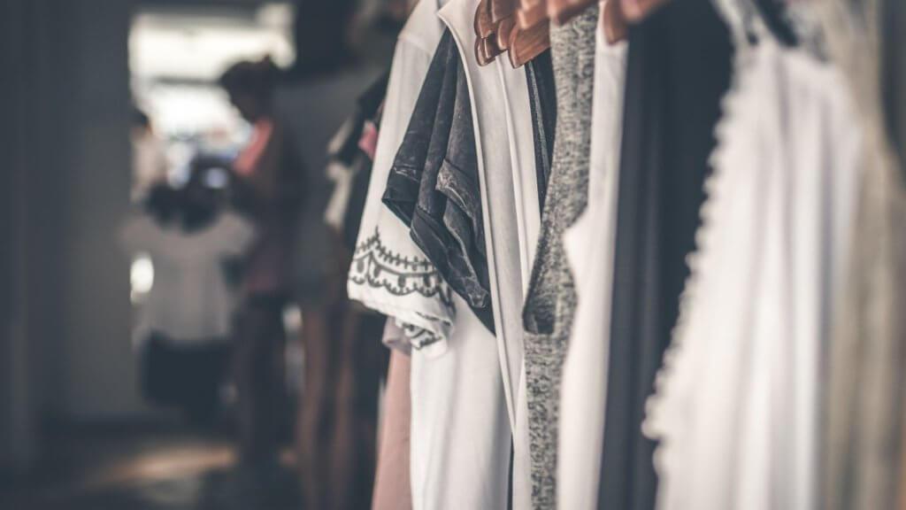 カナダ/トロントの冬の服装に必要なインナー