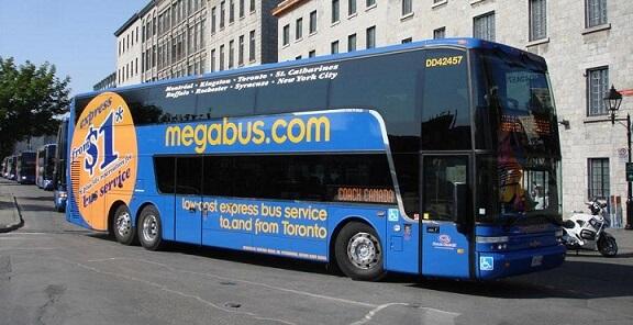 ナイアガラの滝への行き方:メガバス(MegaBus)