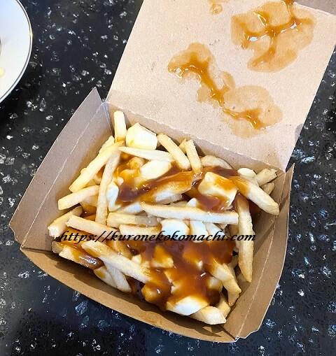 カナダのマクドナルド限定メニュー:プーティン